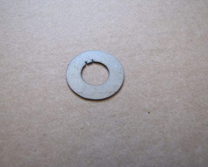 Zaisťovacia podložka spojkového koša - Jawa 550,555