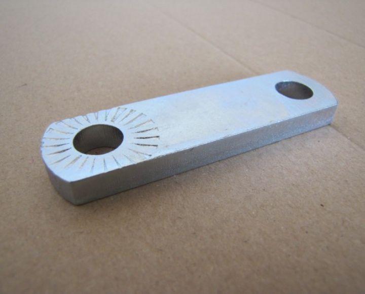 Držiak stupačky 90mm s prelisom, zinok - ČZ 476-488