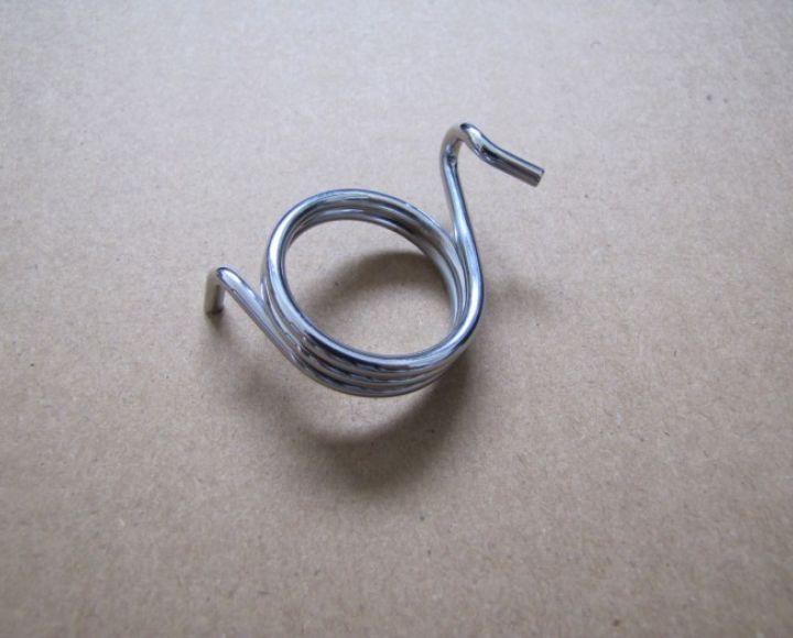 Pružina páčky kľúča brzdy vratná,dvojkľúč, chrom - Jawa, ČZ 634-639