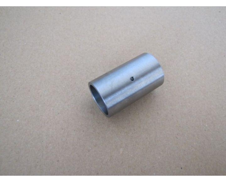 267be7f45 Oceľové púzdro pre čap kyvnej vidlice,40x24x20mm - ČZ 476-488