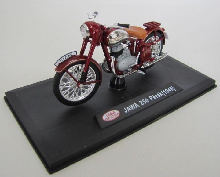 Model 1:18, plast, červená - Jawa 250 Perák