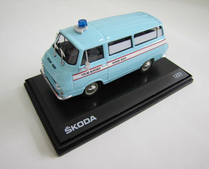 Model 1:43 - Dopravné nehody, verejná bezpečnosť, svetlo modrá - Škoda 1203