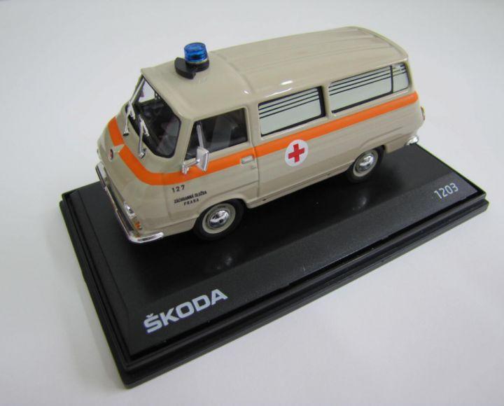Model 1:43 - sanitka - Škoda 1203