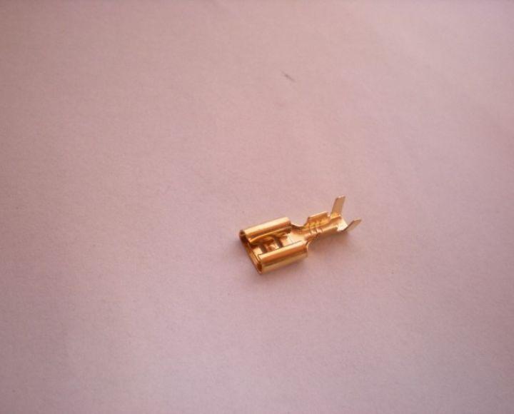 Dutinka plochá 0,8x6,3mm