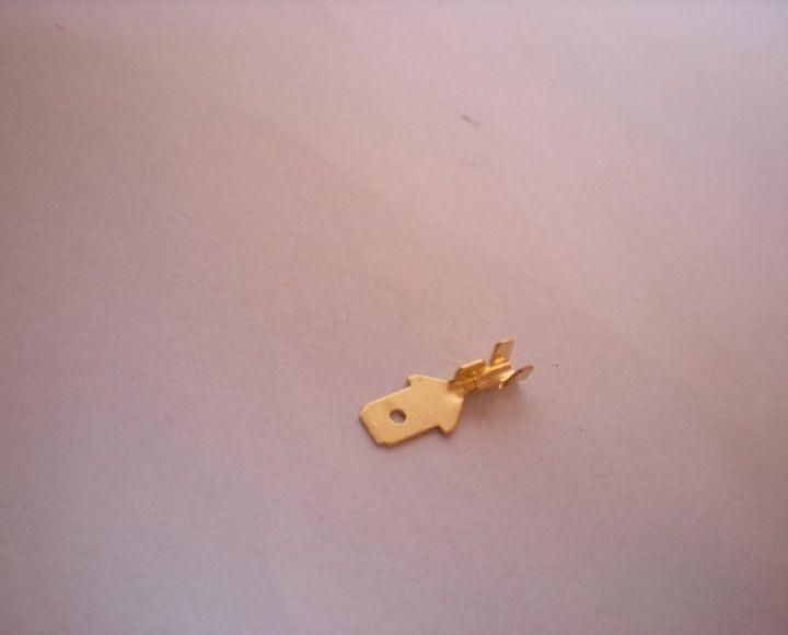 Kolík plochý 08x4,8mm