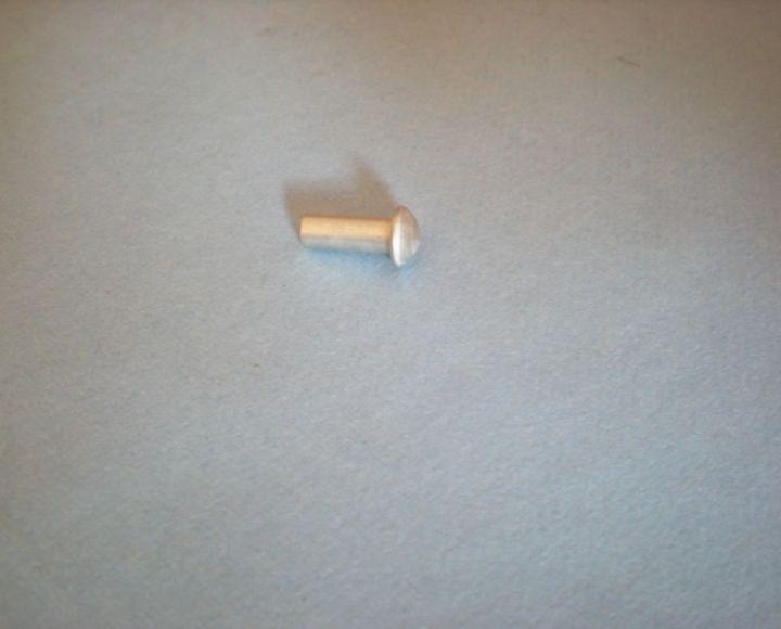 Nit, hliník 4x10mm, polguľatá hlava