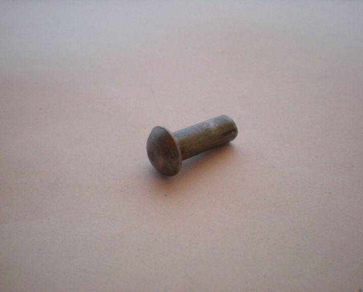 Nit, oceľový 6x16mm, polguľatá hlava