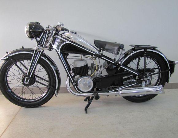Motocykel ČZ 175