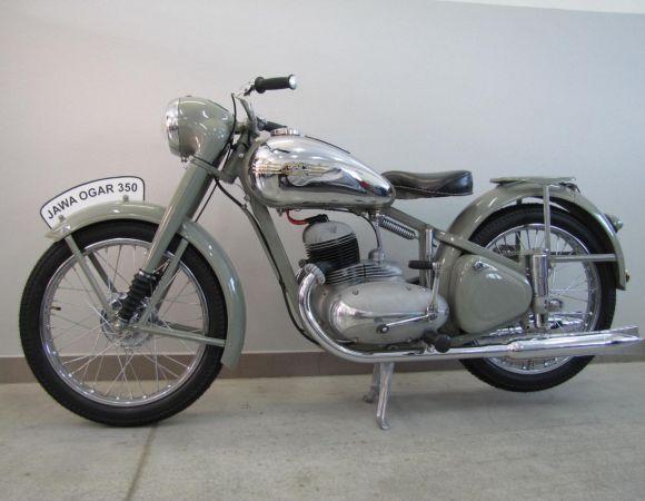 Motocykel Jawa Ogar 350, číslo 1.