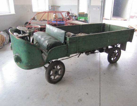 Motorový vozík + motor ... ???