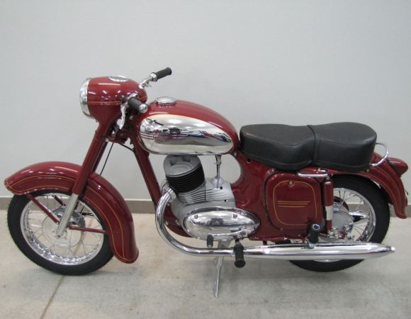 Motocykel Jawa 250/353