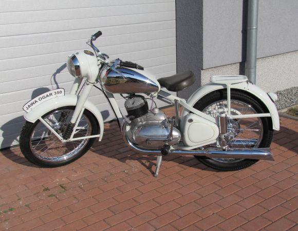 Motocykel Jawa Ogar 350, číslo 2.