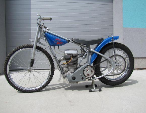 Jawa ESO DT 500 typ 890